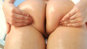 Fete care vor sa faca sex si au curu mare