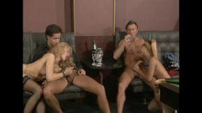 Filmare veche porno cu sex in grup in romania