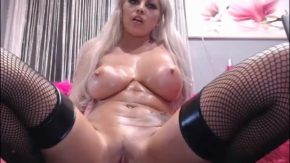 Masturbare de vis cu o focoasa blonda